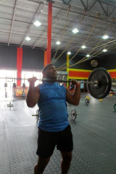 Y lleva semanas haciendo ejercicio para estar en forma en lo que será u...