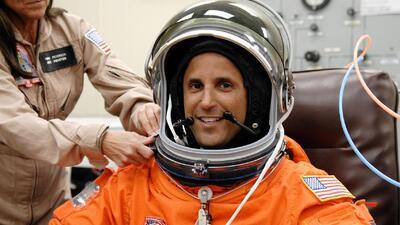Entrevista exclusiva con el astronauta hispano Joseph Acaba