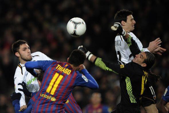 Los valencianos se volcaron al frente y metieron en apuros al equipo de...