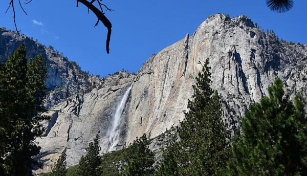 Cascadas del parque Yosemite en California.