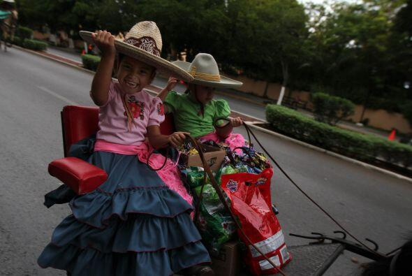 En el evento en Mérida también participan algunos menores, como estados...
