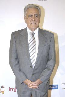 La productora fue quien invitó al actor a participar en el remake.