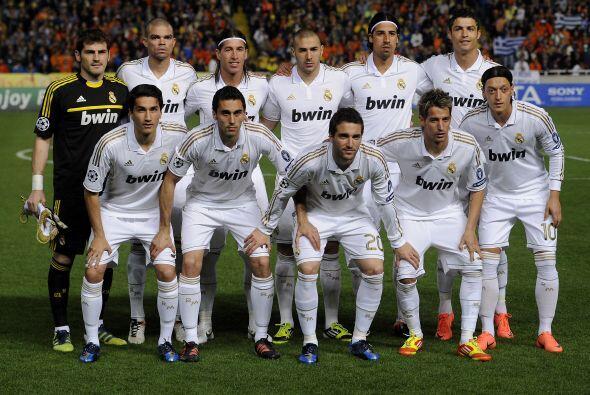 Real Madrid: Casillas; Arbeloa, Pepe, Sergio Ramos, Coentrao; Khedira, X...