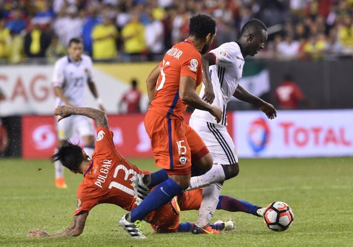El ranking de los jugadores de Colombia vs Chile GettyImages-542244954.jpg