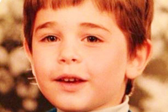 ¿Quién es este niño? Aunque no lo crean es el guapísimo Sebastián Rulli.