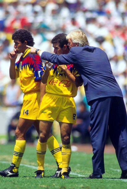 Leo Beenhakker llegó al futbol mexicano en el año 1994, cuando dirigió a...