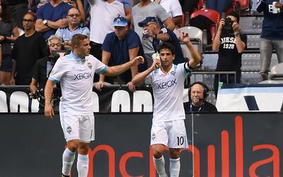 Nico Lodeiro festeja gol Seattle Sounders vs. Vancouver