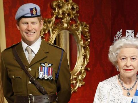 La reina Isabel II y su nieto, el príncipe Harry, ya forman parte...
