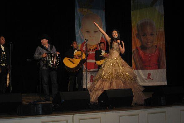 Graciela Beltrán fue la artista de honor durante la gala del St. Jude pa...