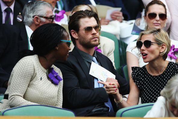 Chris Hemsworth y Elsa Pataky Mira aquí los videos más chismosos.