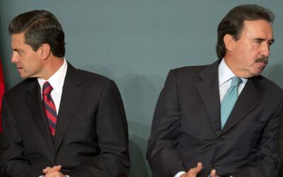 El presidente Enrique Peña Nieto y el senador Emilio Gamboa