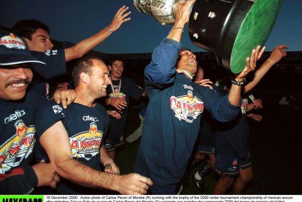 Con el Morelia se dio el gusto de coronarse campeón en la temporada 2000...