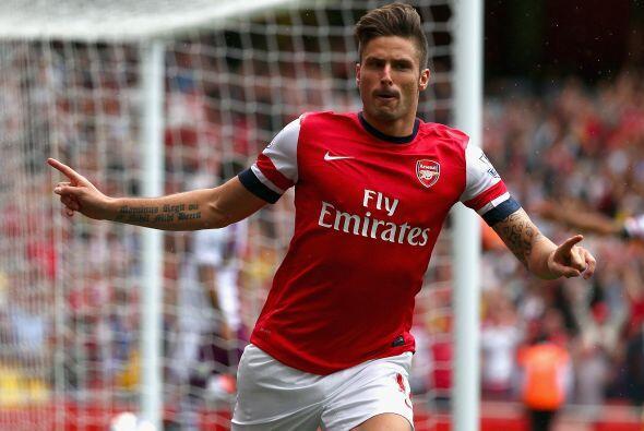 Arsenal tropezó en el Emirates Stadium al perder 1-3 ante el Aston Villa...