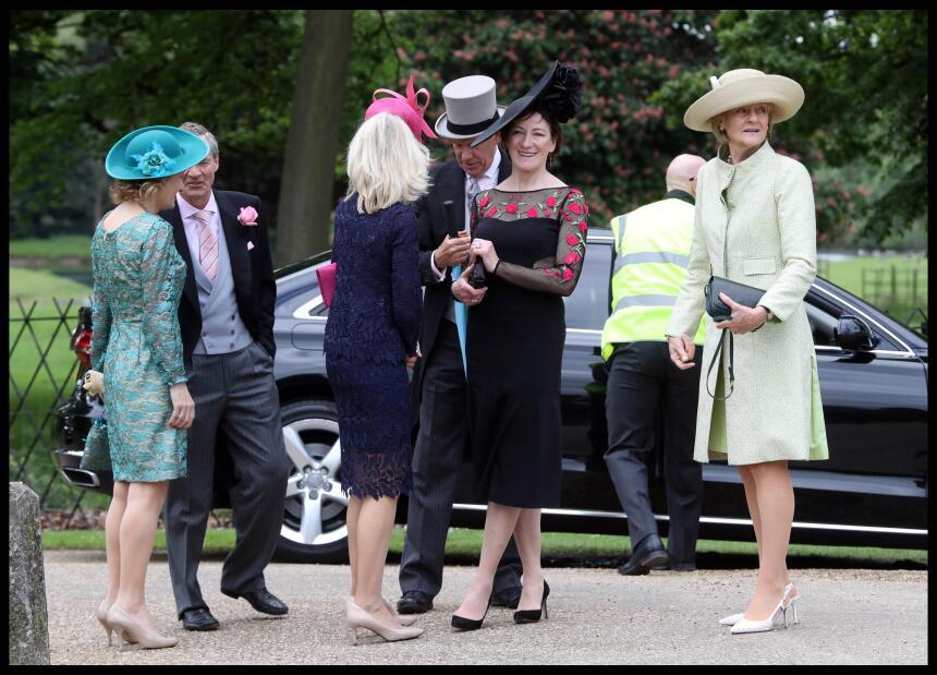 Los zapatos juegan un papel muy importante dentro del look en una boda,...