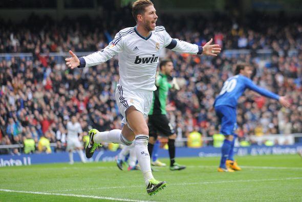 Pero en la parte complementaria fue un defensa, Sergio Ramos, sacó del a...