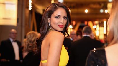Mira la reacción de Eiza González cuando le preguntaron por la polémica de su vestido amarillo