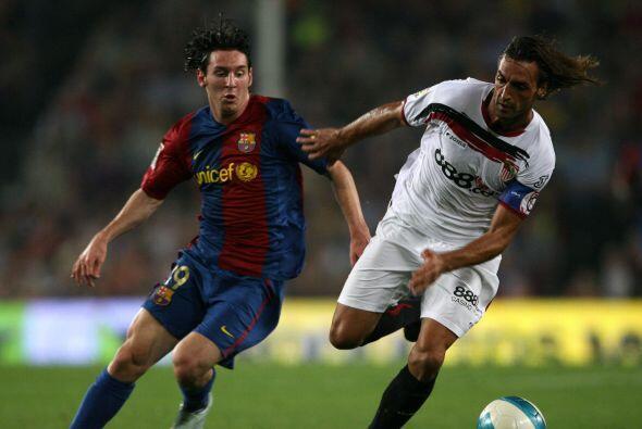 La edición del 2006 nos traería un duelo español donde el Sevilla aplast...
