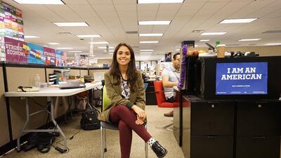 Camila Montañez en la oficina central de campaña de Hillary Clinton, en...