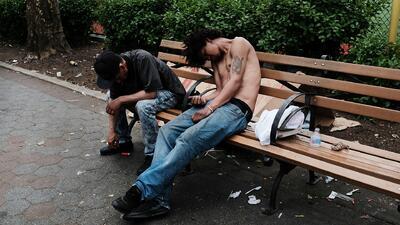 La epidemia de la heroína en parques de Nueva York está fuera de control y acecha zonas escolares