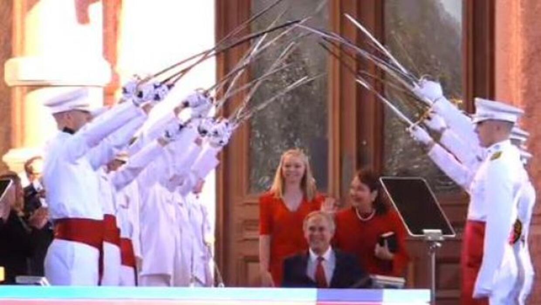 Greg Abbott toma posesión como Gobernador de Texas