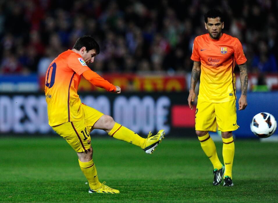 Barcelona vence al Atlético y se acerca aún más al título gettyimages-16...