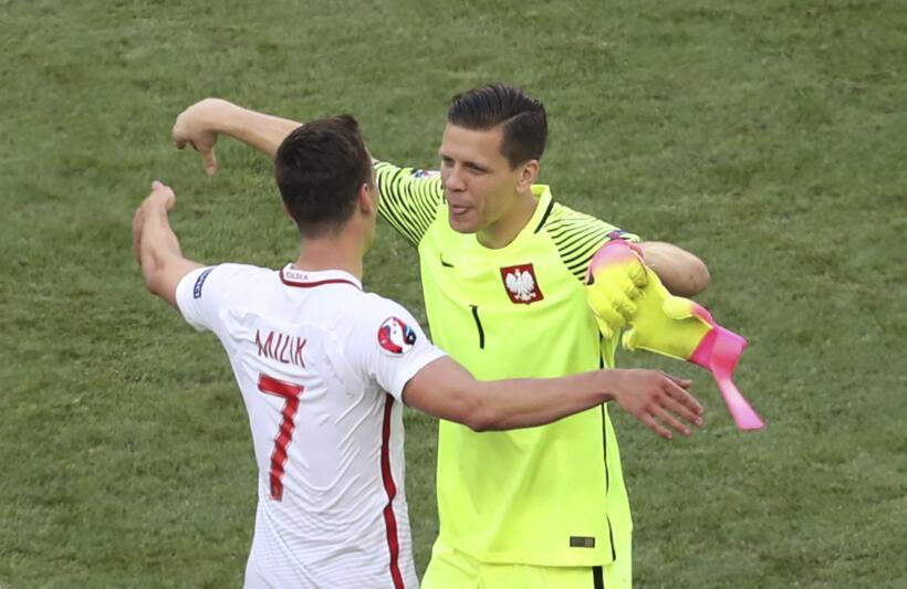 La Juventus ya habría encontrado el sustituto de Gianluigi Buffon. Wojci...