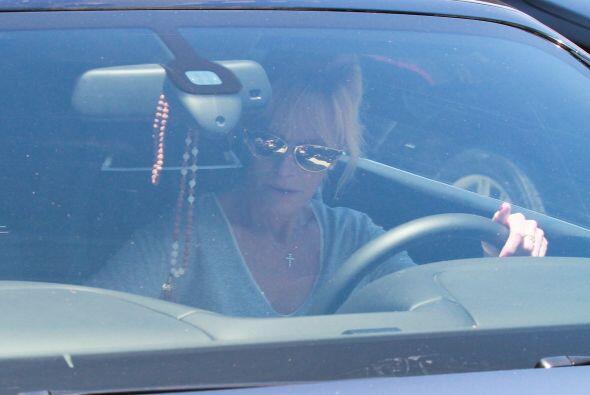 ¡Bye, bye, Melanie! ¿A dónde vas mañana? Mira aquí los videos más chismosos