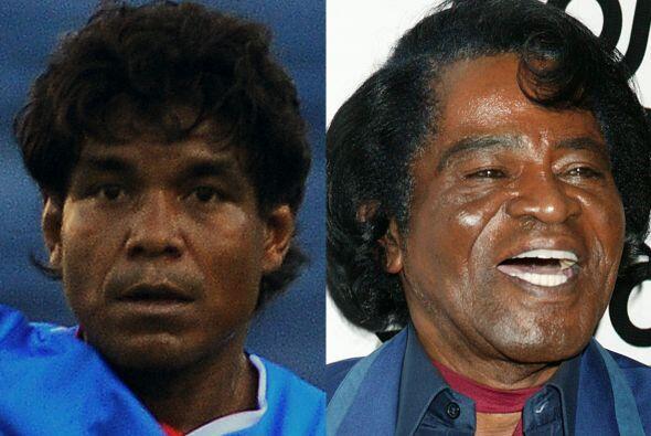 Qué mal, queríamos comparar al defensa mexicano Melvin Brown con la fall...