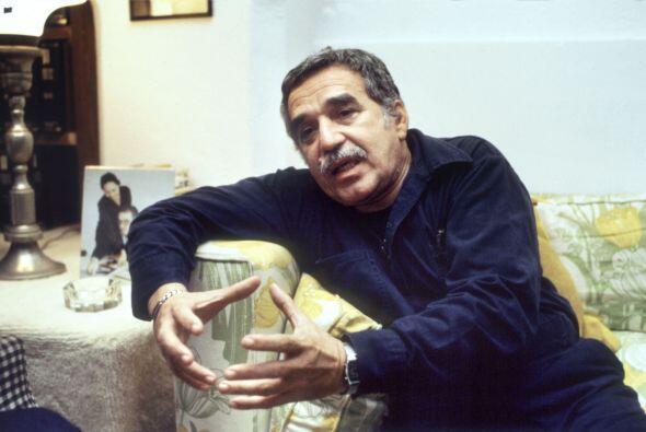 """2002.- """"VIVIR PARA CONTARLA"""" -  García Márquez nos habla d..."""