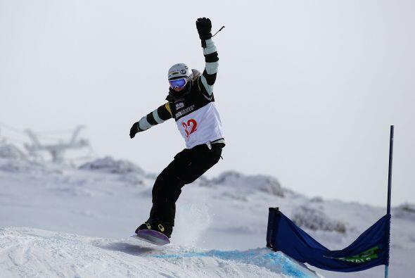 Amy es imparable, pues aunque el 'snowboard' es su mayor pasión, ha expl...