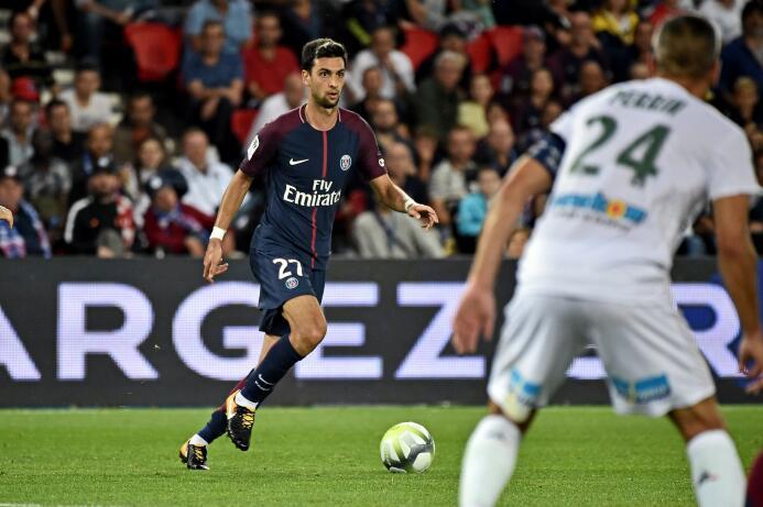 El PSG goleó al Saint-Etienne con un implacable Cavani 63639293106919630...