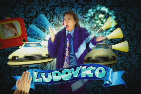 Ludovico siempre le dice mentiras a Federica para que no lo regañe.