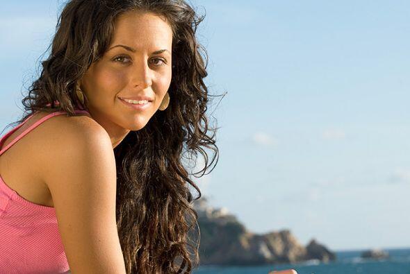La bella Zuria Vega se consolidó como una de las actrices favoritas del...
