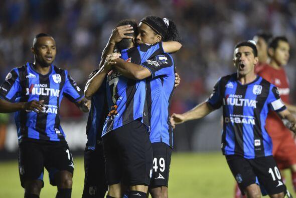 Veremos si la magia y calidad de Ronaldinho en complicidad con sus compa...