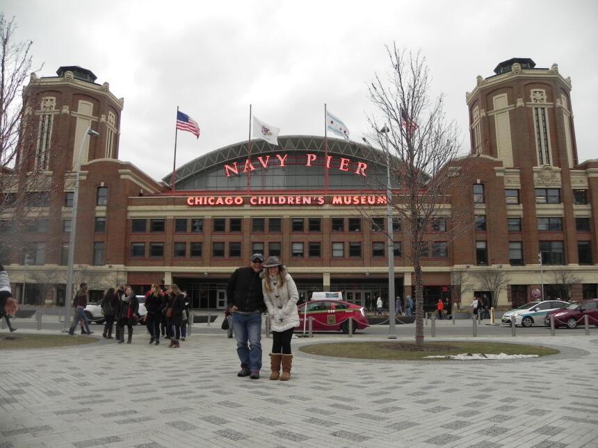 Renzo y Maria Esther visitaron la ciudad y suburbios de Chicago DSCN7448...