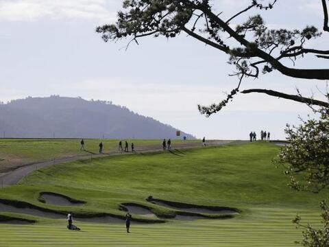 Jugadores y ex jugadores de la NFL en el torneo anual de golf AT&T P...