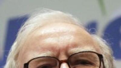 Warren Buffett compró unos 64 millones de títulos de IBM desde marzo de...