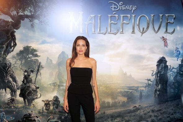 A Jolie le encantó tener alas y poder volar, aunque fuera con el persona...