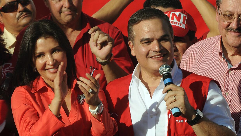 Yani Rosenthal Hidalgo en  un acto de campaña en el 2012.