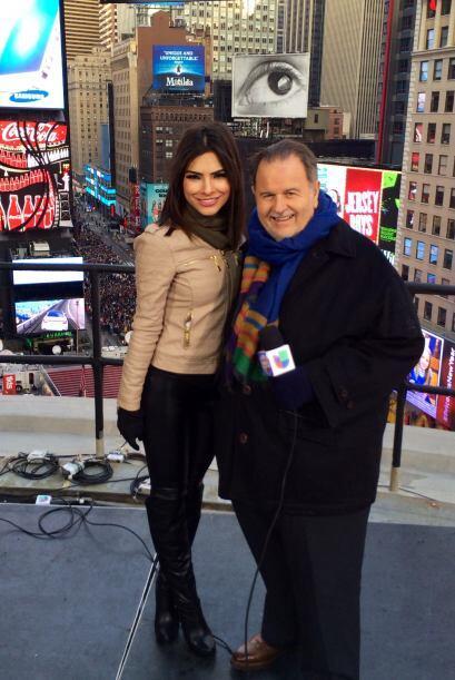 En Año Nuevo, Raúl hizo una transmisión especial desde el Times Square,...