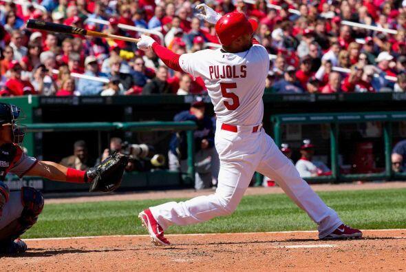 Primera base: El dominicano Albert Pujols sube como la espuma al batear...