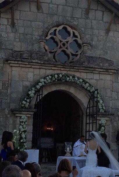 Un vistazo a la Iglesia y la ceremonia.