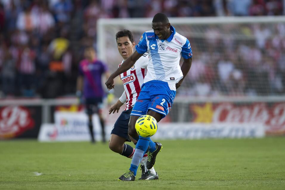 Suspenden a Mauricio Pinilla por insultar y golpear a árbitro 20150314_5...