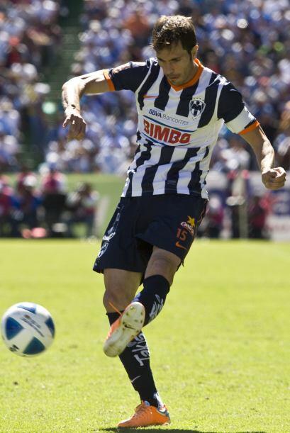 José María Basanta podría dejar Rayados para ir al Valencia.