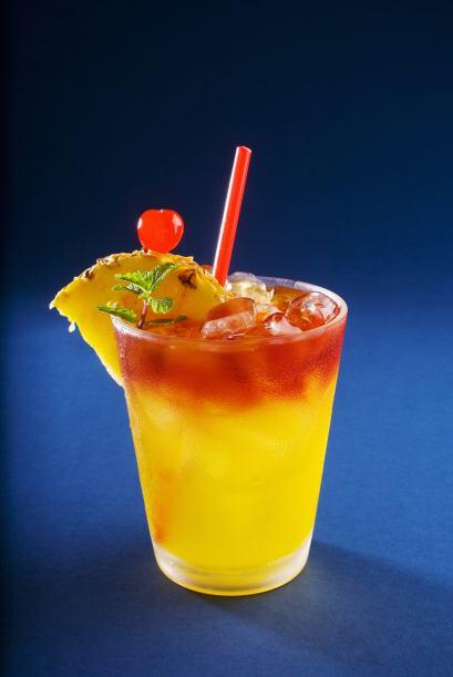 Atracción fatal   Una bebida fácil y con mucho color que se te hará agua...