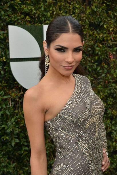Aquí vemos a Alejandra Espinoza, quien lució preciosa en  2012.