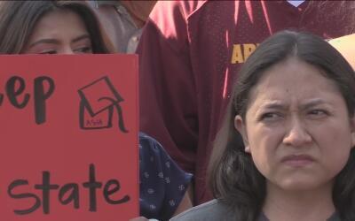 Tribunal dictamina que los beneficiarios de DACA de Arizona determina qu...