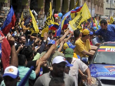 El candidato de la oposición venezolana a la Presidencia, Henriqu...