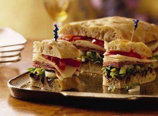 Sandwich ciabatta milano: ¡Permite que los invitados se preparen sus pro...