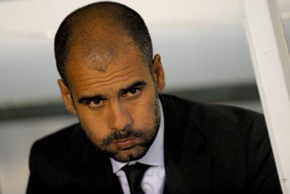 Josep Guardiola, técnico del Barcelona, no entendía lo que pasaba con su...
